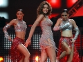 iifa-118-tanushreedutta-chocolate-perform