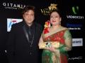 govinda-sunita-2009-iifa-awardsgreencarpet