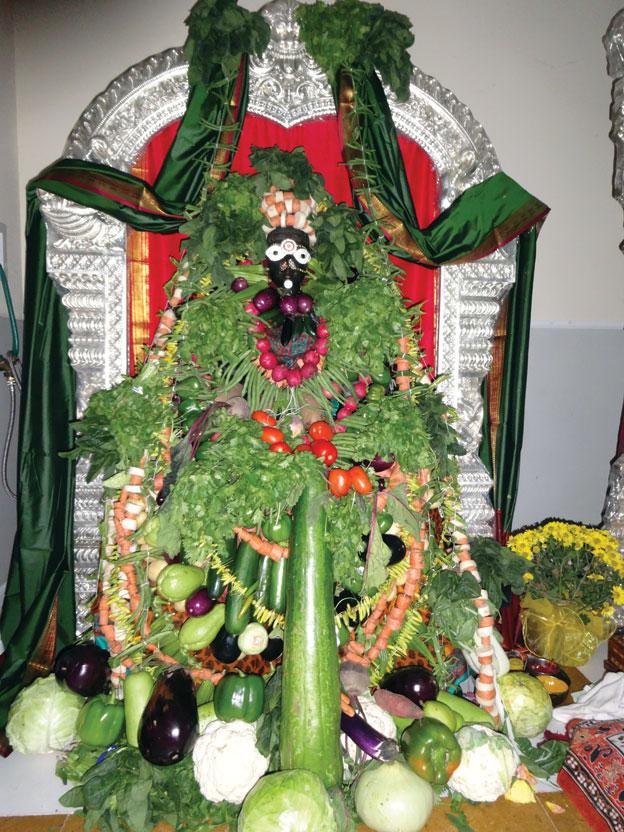 (Above): Shakamabhari Alankar of Mahalakshmi.