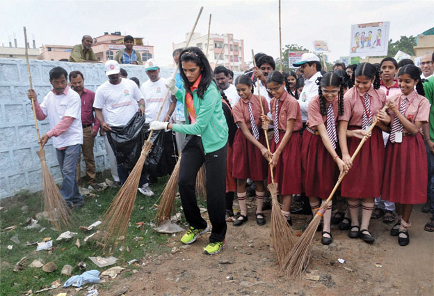 Swachh Bharat Abhiyan Photos and Pics for Free Download