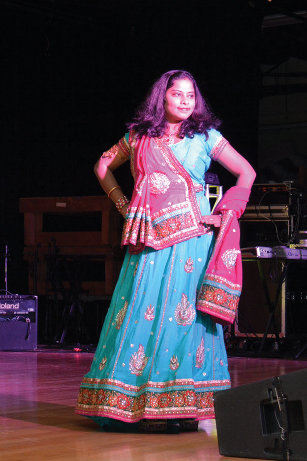 (Above): Fashion Show at Sunnyvale Hindu Temple, Oct. 18. [Photo: Amar D. Gupta | Siliconeer]