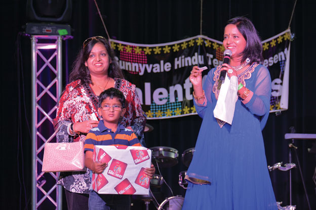 (Above): Sunnyvale Diwali - Siliconeer raffle draw - tickets to Gilroy Gardens. [Photo: Amar D. Gupta | Siliconeer]