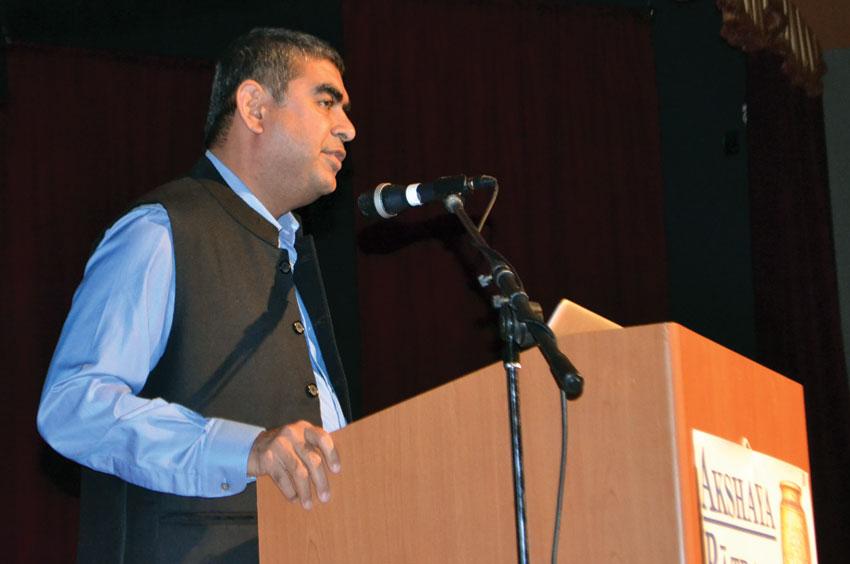 Infosys CEO Vishal Sikka was guest of honor at Akshaya Patra USA's gala benefit Dec. 6. (Photo: Akshaya Patra USA)