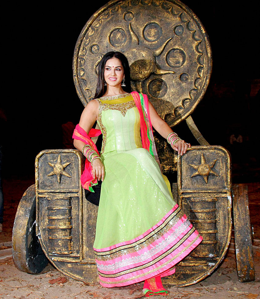 """ALL WRAPPED UP: Sunny Leone on the sets of """"Leela"""" in Mumbai, Feb. 4. (Press Trust of India)"""