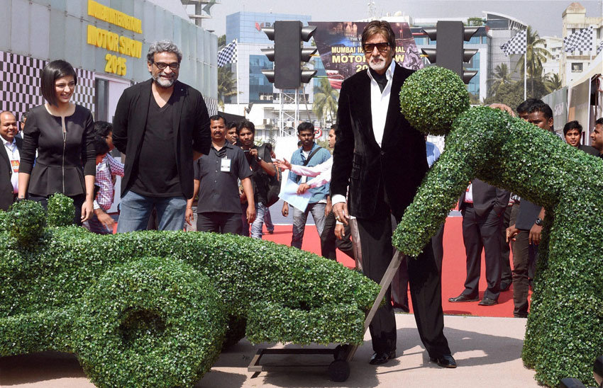 CARS AND STARS: Film director R. Balki (c), actress Akshara Haasan (l) and Bollywood superstar Amitabh Bachchan during the inauguration of Mumbai International Motor Show, in Mumbai, Feb. 5. (Mitesh Bhuvad   PTI)
