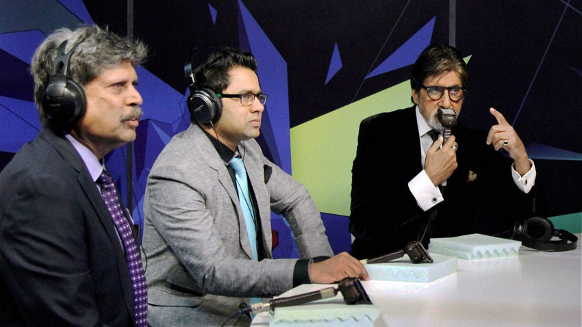 Kapil Dev (l), Akash Chopra (c), and Amitabh Bachchan doing commentary during the India-Pakistan World Cup cricket match at Star Sports Studio in Mumbai, Feb. 15. (Press Trust of India)