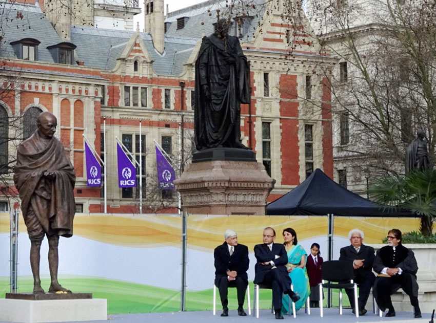 Finance Minister Arun Jaitley, actor Amitabh Bachchan and others at unveiling of the historic statue of Mahatma Gandhi at Parliament Square, in London, Mar. 14. (Press Trust of India)