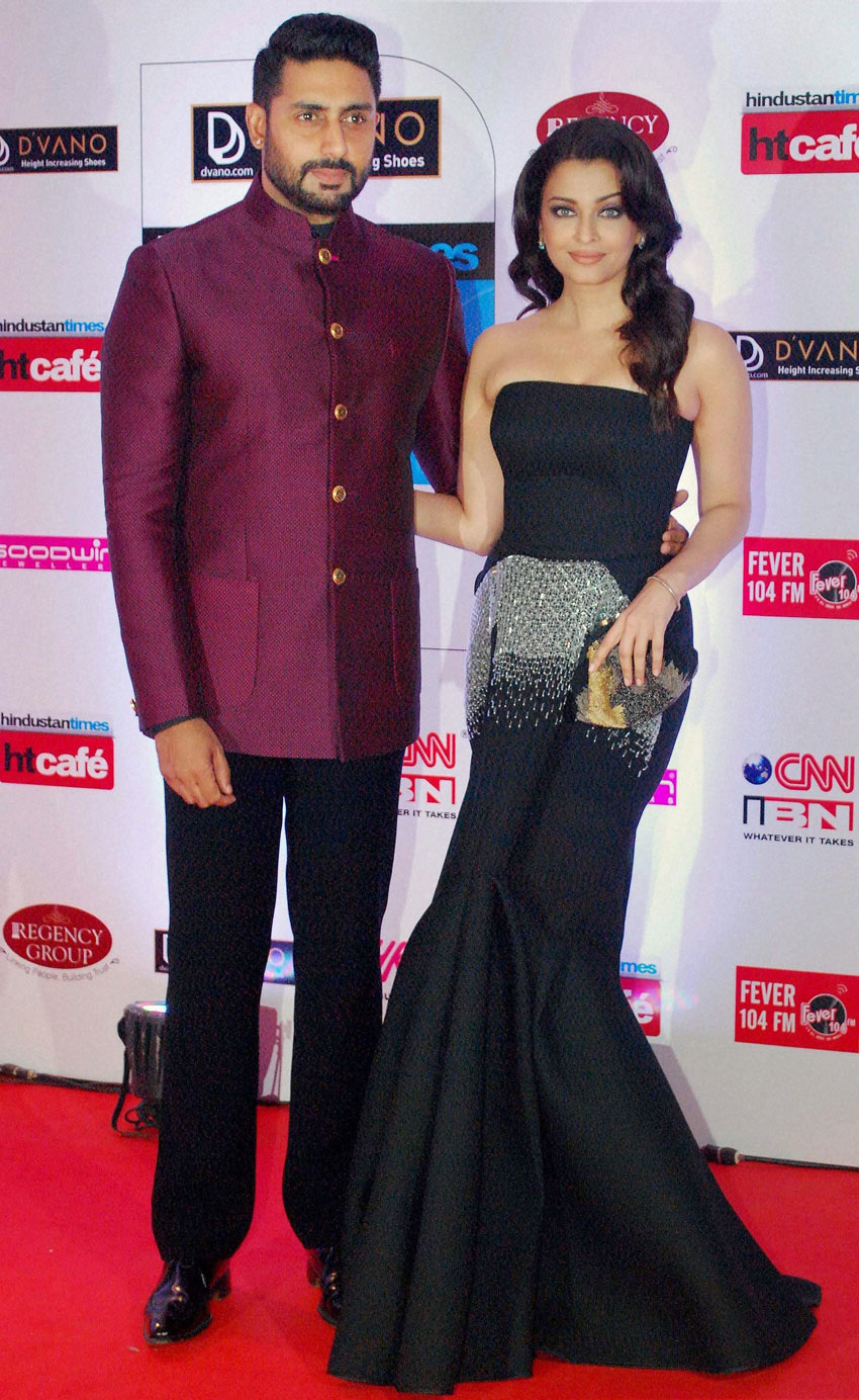Abhishek Bachchan and Aishwarya Rai Bachchan during the 'Stylish Awards,' in Mumbai. (Press Trust of India)