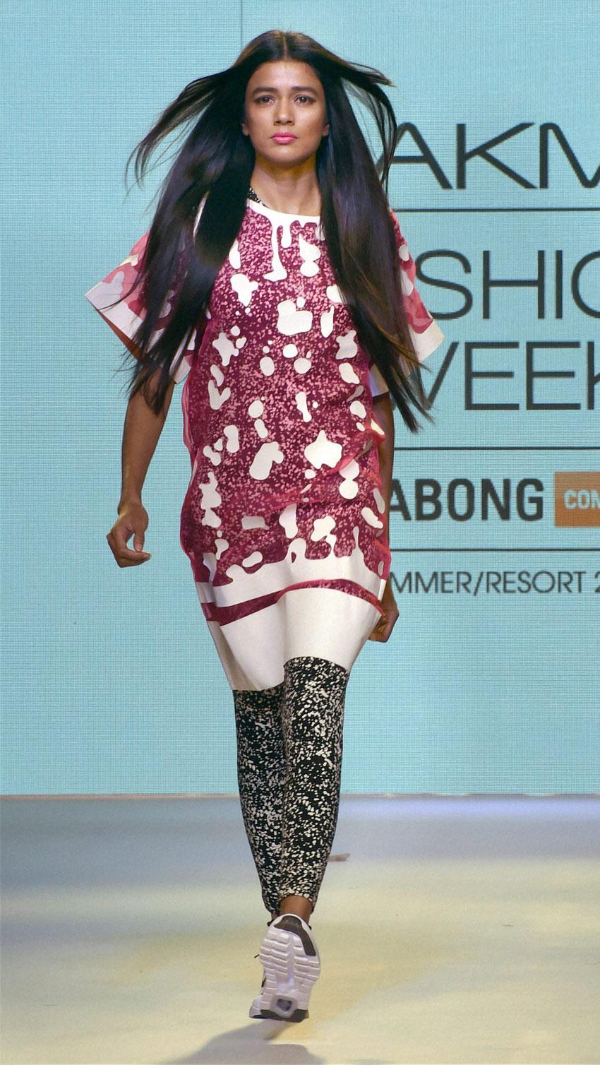 A model walks the ramp during the Lakme´ Fashion Week Summer Resort 2015 in Mumbai. (Mitesh Bhuvad   PTI)