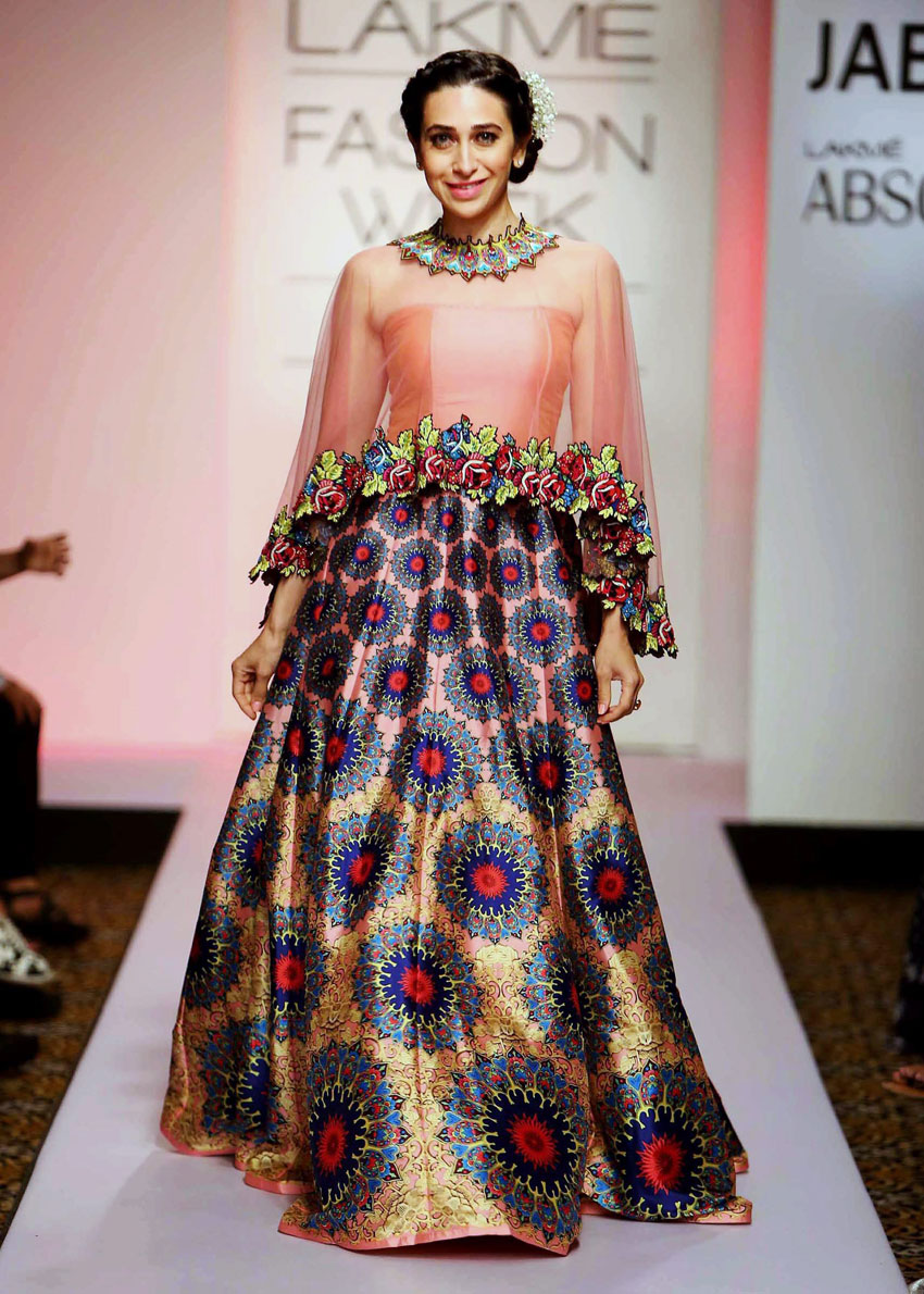 Bollywood actress Karishma Kapoor walks the ramp during the Lakme´ Fashion Week Summer Resort 2015 in Mumbai. (Press Trust of India)