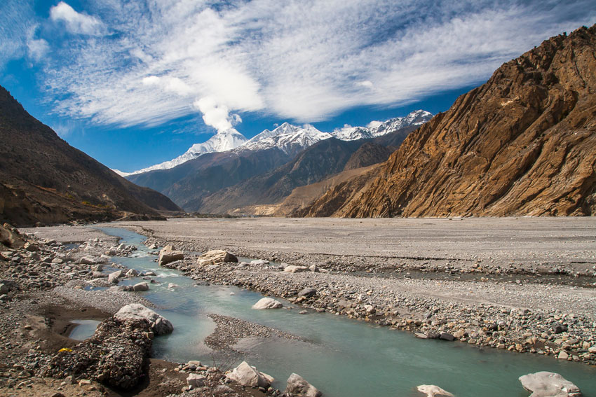 View of Dhaulagiri from the river Gandaki (Getty Images | iStockphoto)