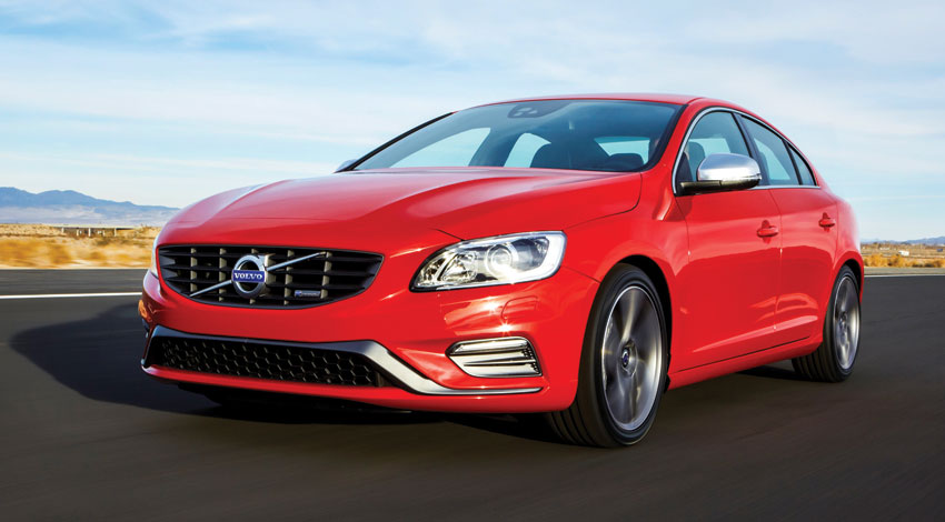 Exterior view of the 2015 Volvo S60.