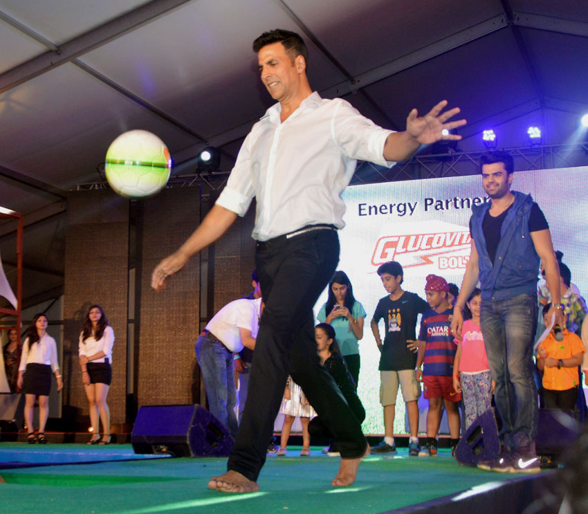 """Akshay Kumar at a promotional event of his film """"Singh Is Bliing"""" in Gurgaon, Sep. 20. (Press Trust of India)"""