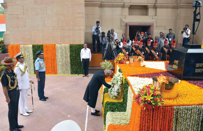President Pranab Mukherjee laying a wreath at the Amar Jawan Jyoti, India Gate, on the occasion of 69th Independence Day, in New Delhi, Aug. 15. (Press Information Bureau)
