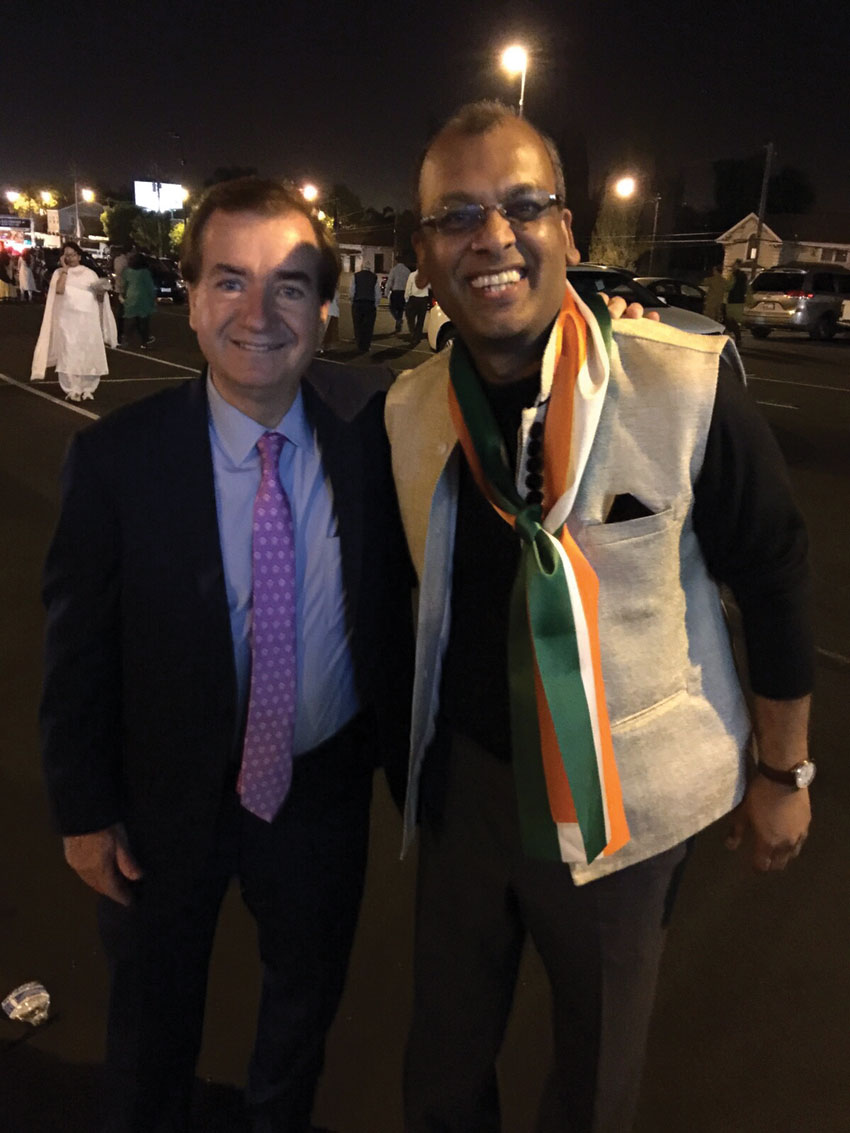 Congressman Ed Royce, California's 39th Congressional District and Chairman of the ‪@HouseForeign Affairs Committee with Mobifusion CEO Pavan Mandhani at SAP Center in San Jose, Calif., to greet Prime Minister Narendra Modi on his maiden visit to Silicon Valley, Sept. 27.
