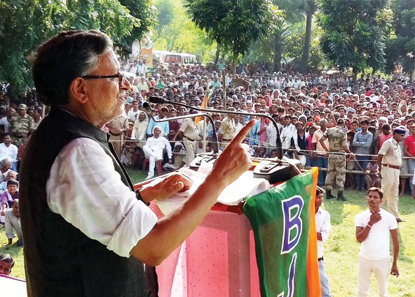BJP senior leader Sushil Kumar Modi addressing an election rally in Samastipur, Sept. 29. (Press Trust of India)