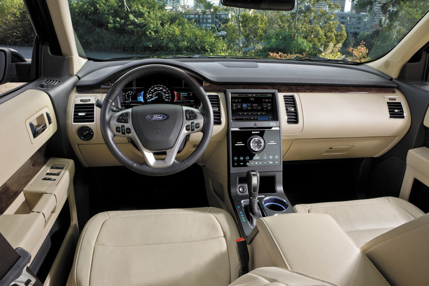Interior view of 2015 Ford Flex.