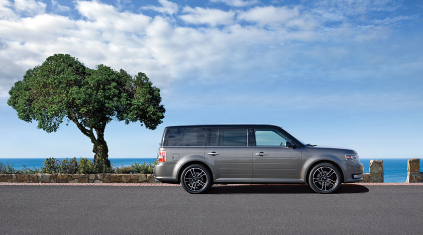 Exterior view of 2015 Ford Flex.