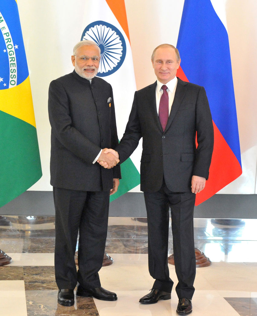 Indian Prime Minister Narendra Modi with Russian President Vladimir Putin, at the BRICS meeting, on the sidelines of G20 Turkey 2015, in Antalya, Turkey, Nov. 15. (Press Information Bureau)