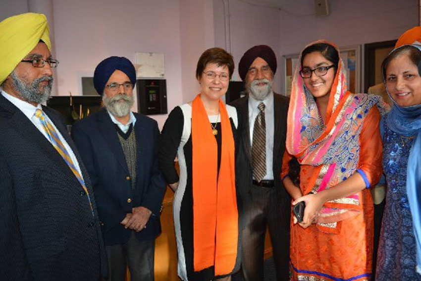 Melissa Rogers (3rd from l) with members of the Sikh community. (Flora Video and Photo Productions)