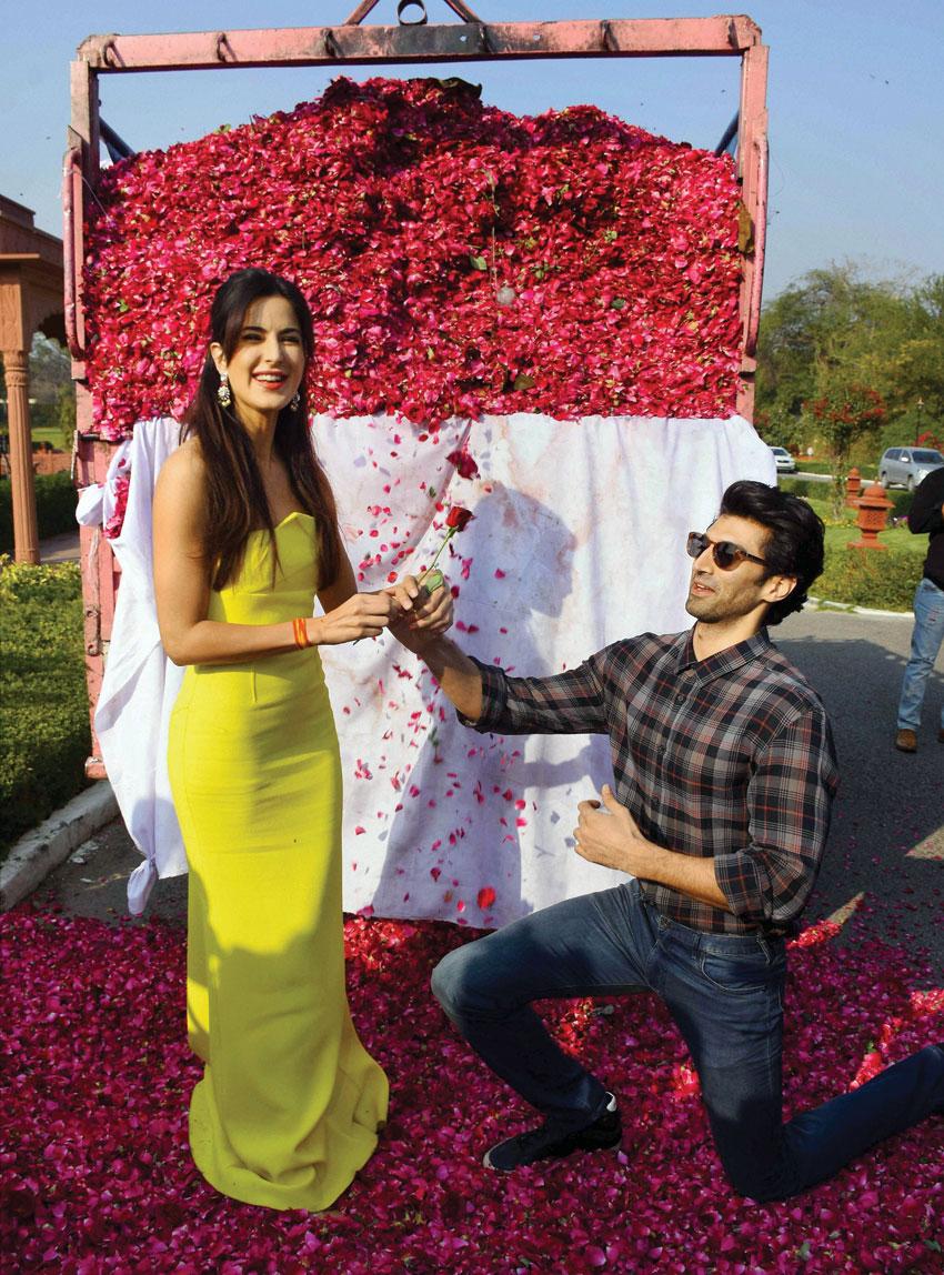 Katrina Kaif and Aditya Roy Kapoor (r) promoting Fitoor at Jai Mahal Palace in Jaipur, Feb. 7. (Press Trust of India)