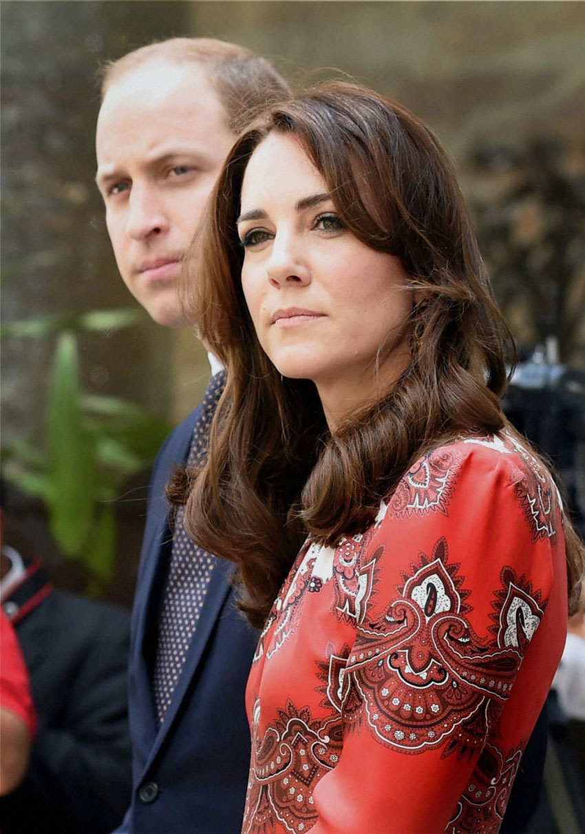 Prince William, Duke of Cambridge, and Catherine, Duchess of Cambridge, during the wreath laying ceremony on the martyrs memorial at Taj Mahal Palace Hotel in Mumbai, April 10. (Mitesh Bhuvad | PTI)
