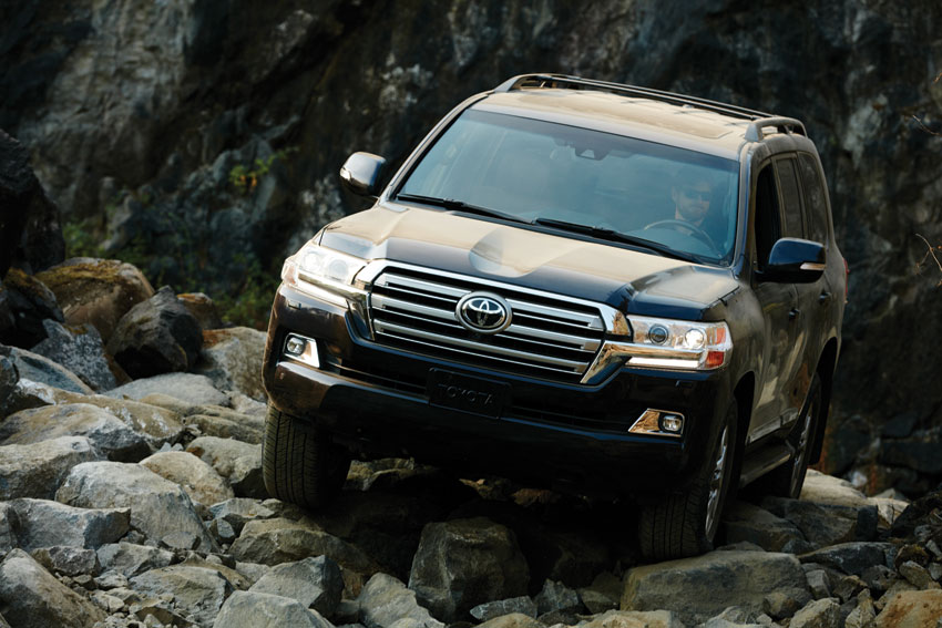 Exterior view of 2016 Toyota Land Cruiser.