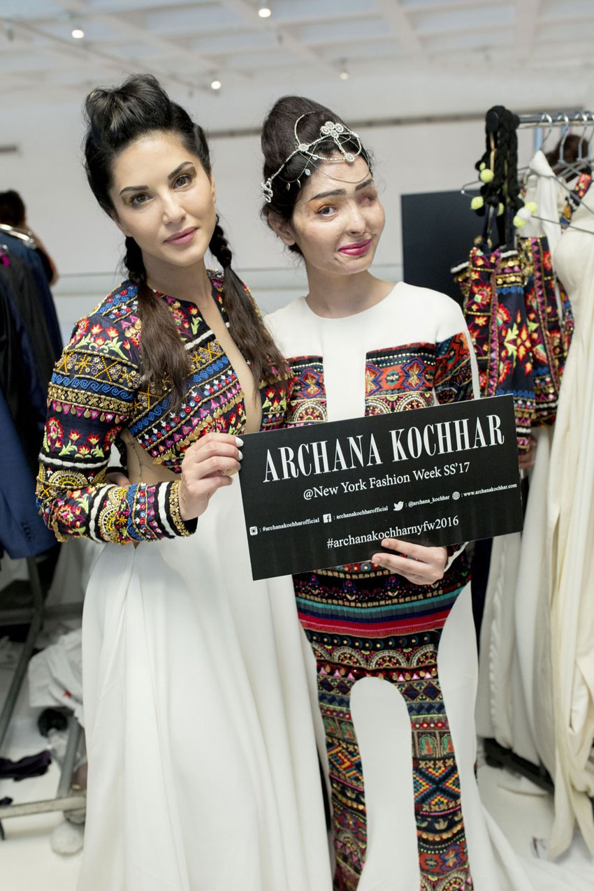 Sunny Leone and Reshma Qureshi in Archana Kochhar creation at NYFW SS17 backstage. (All photos, courtesy: PRaxis Media)
