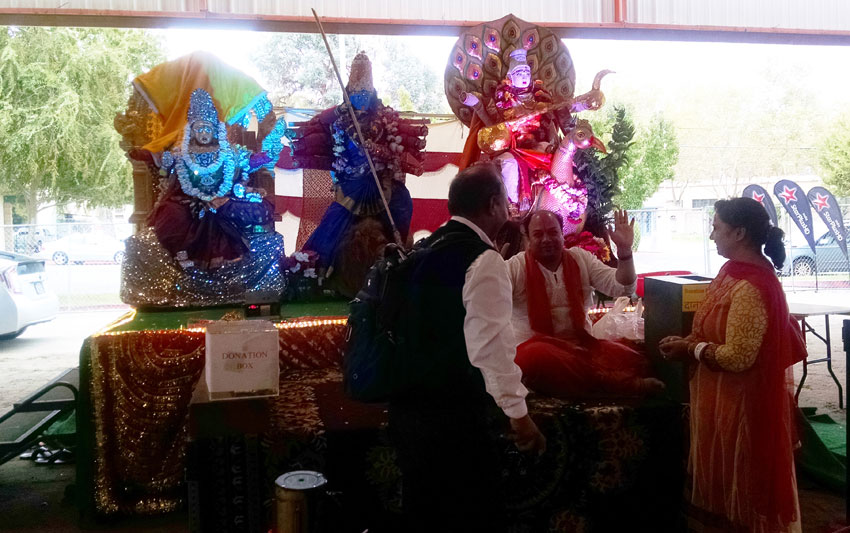 Diwali blessings. (Vasudha Badri Paul/Siliconeer)