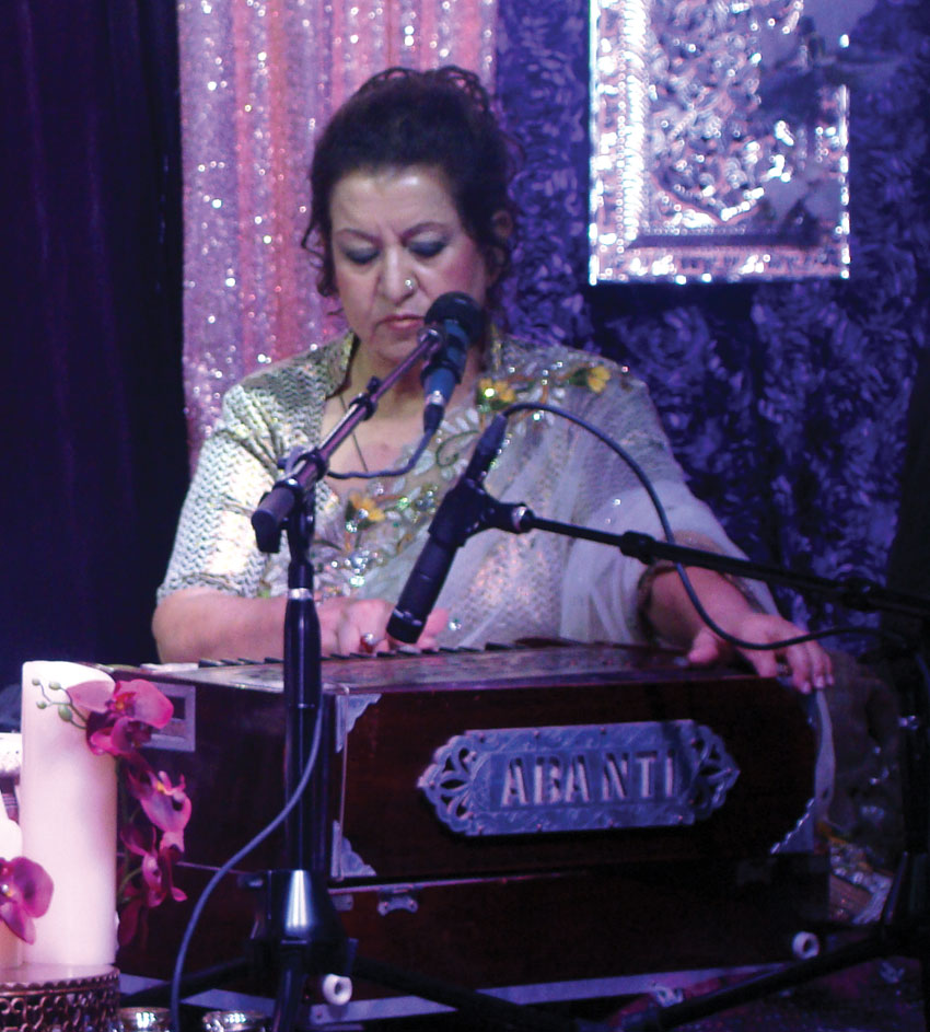 "Munni Begum in action at a ""Shaam-e-Ghazal"" evening in Sacramento, Calif., Nov. 5."