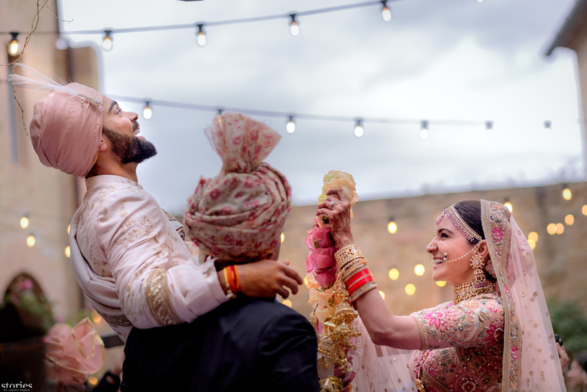 AB de Villiers's special greeting for newlyweds Virat and Anushka
